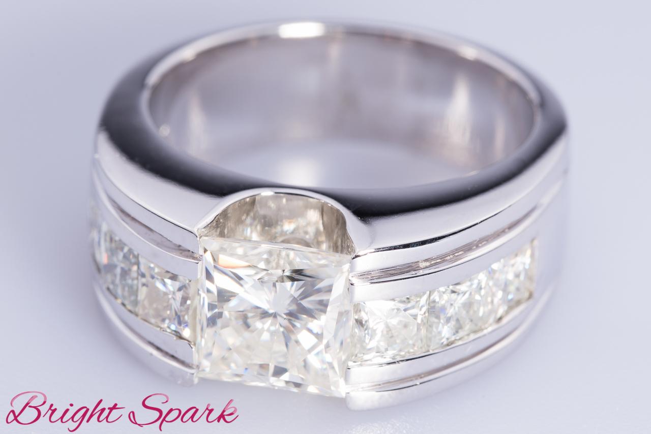квадратное золотое кольцо