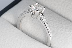 Кольцо Vita 1 карат с бриллиантами из белого золота