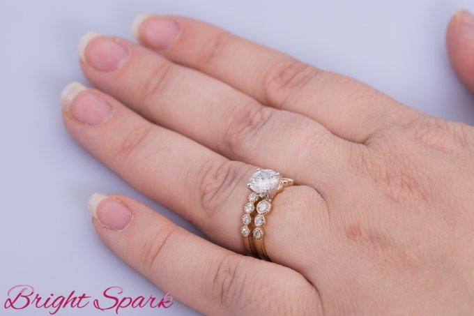 Золотой обручальный комплект с камнем 1 карат Rosalia