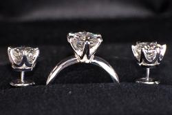 Комплект в стиле Tiffany из кольца и сережек