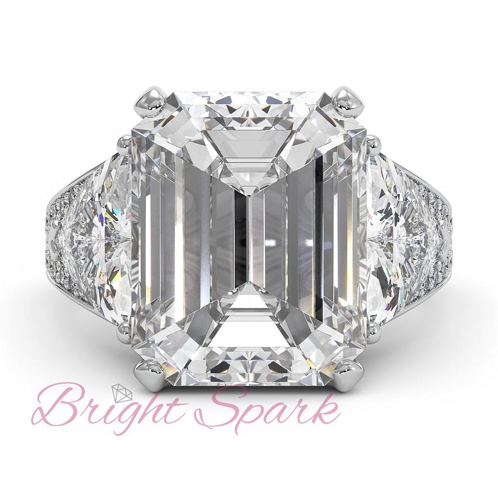 Красивое кольцо с крупным бриллиантом 8 карат изумрудной огранки