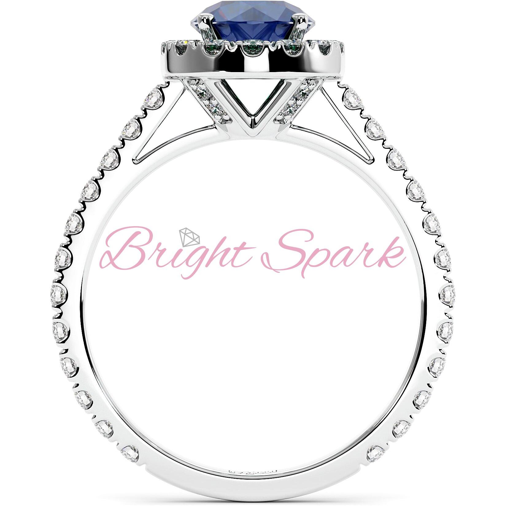 Кольцо, с синим сапфиром 1,2 карата, ореолом и дорожкой