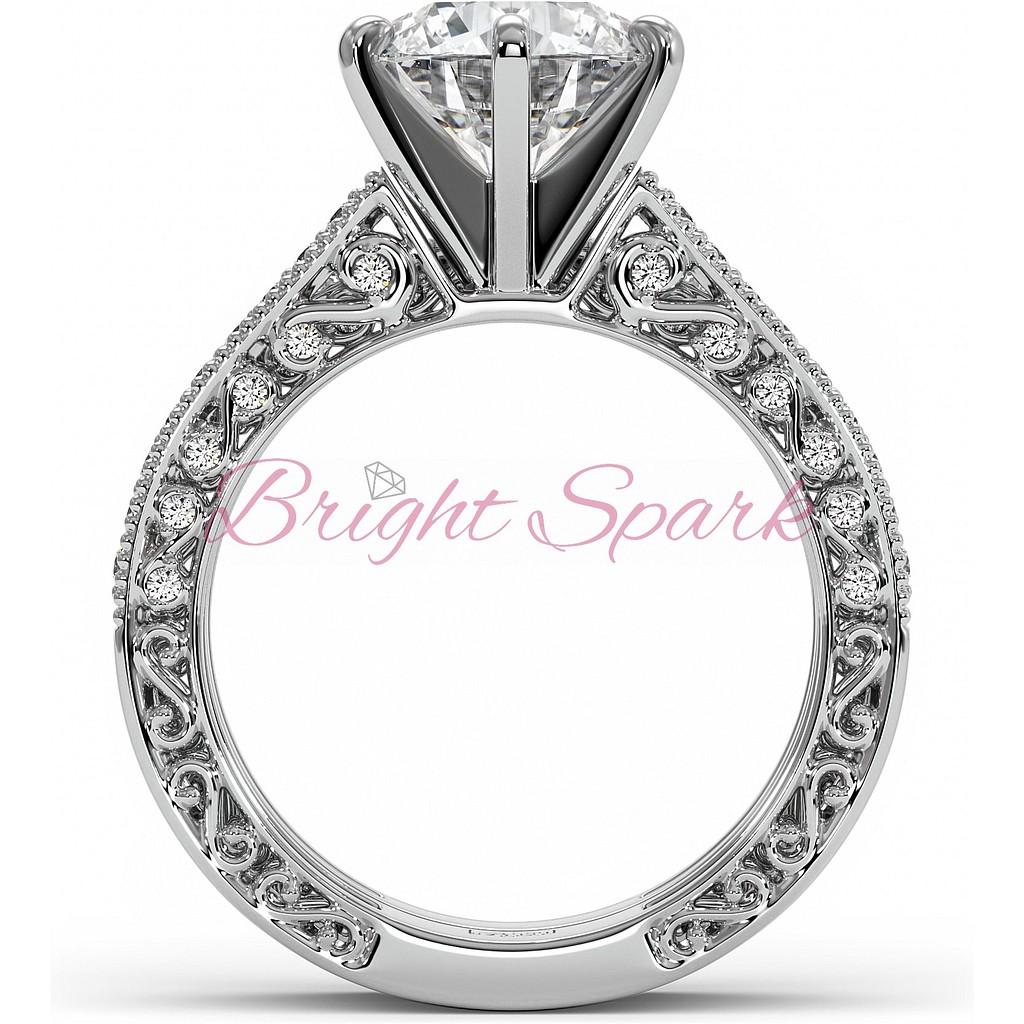 Кольцо для помолвки с античным орнаментом и бриллиантом белое золото