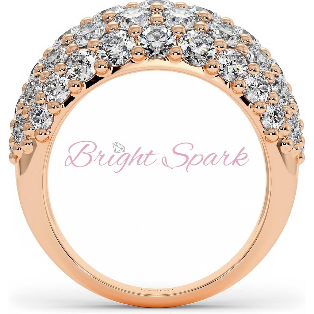 Широкое вечернее кольцо из розового золота с россыпью