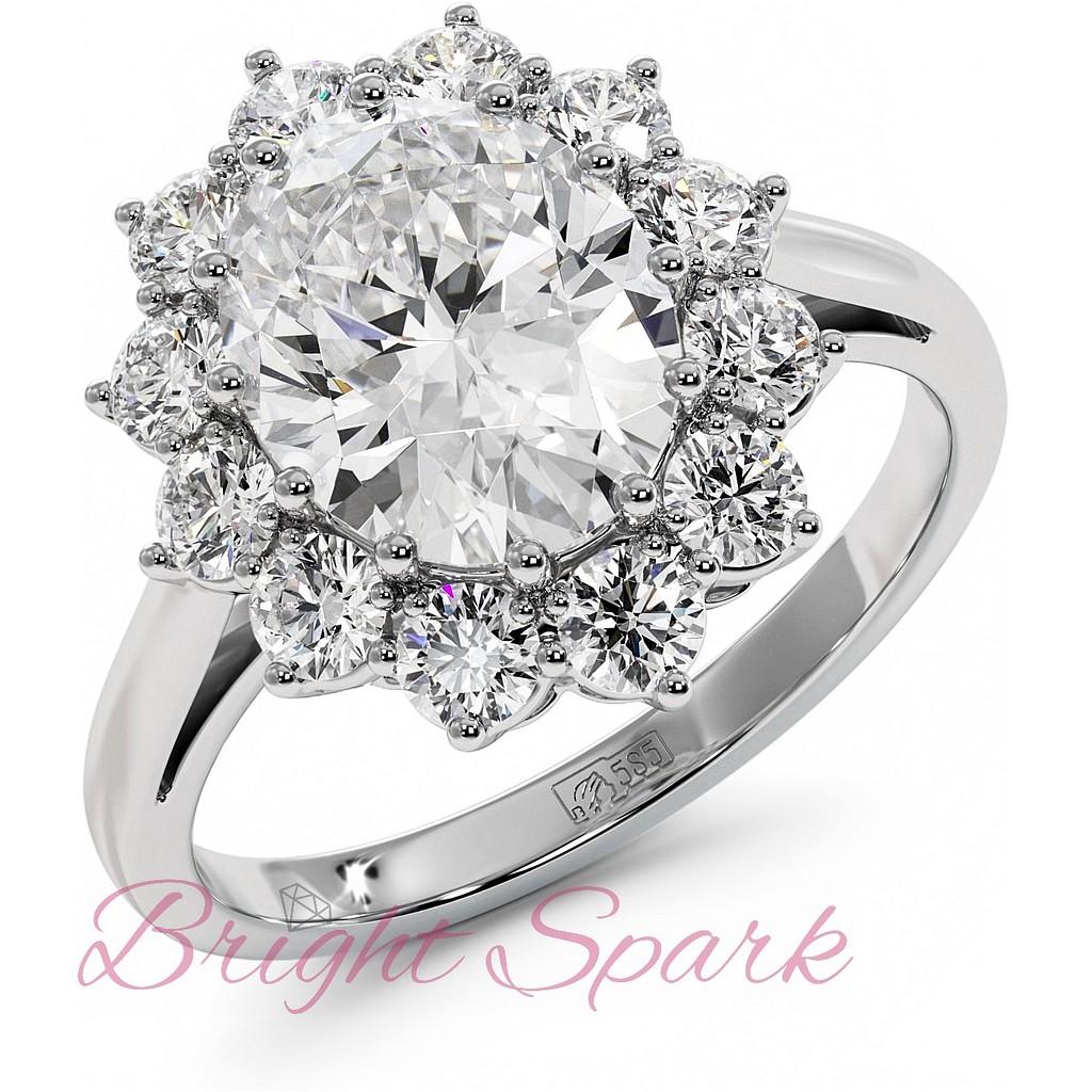 Кольцо принцессы  реплика белое золото с белым центром