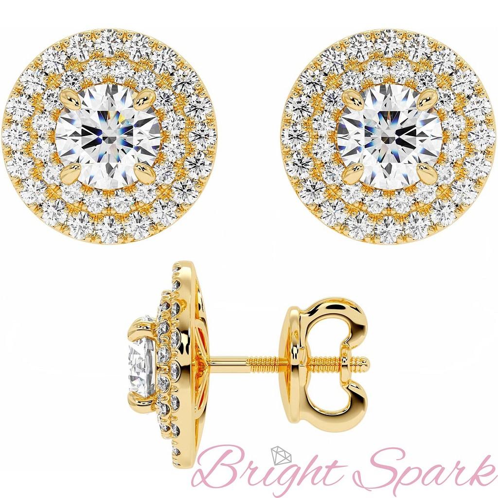 Серьги-пусеты с крупным бриллиантом и обсыпкой-ореолом в желтом золоте