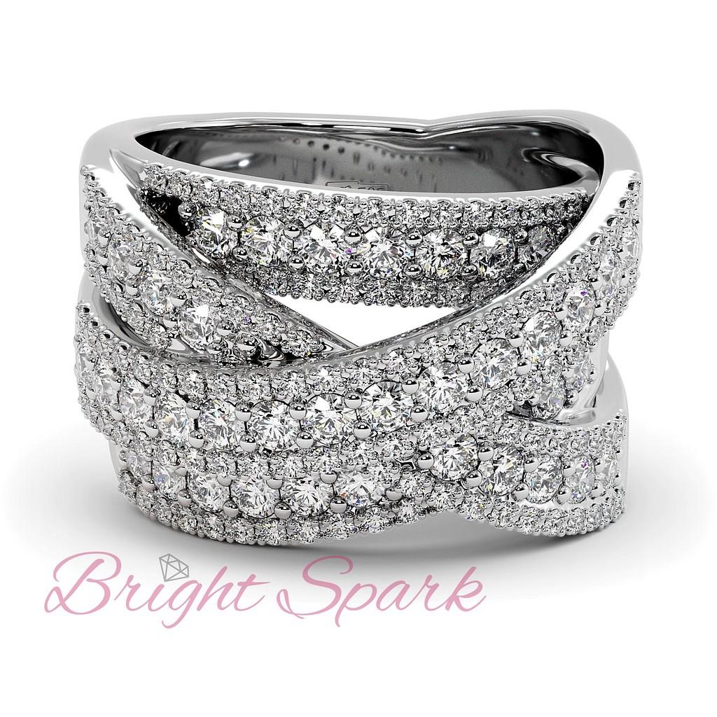 Вечернее кольцо с россыпью бриллиантов из белого золота