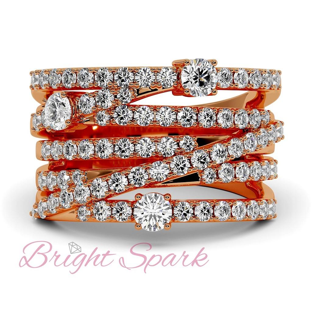 Вечернее кольцо с переплетением дорожек бриллиантов из красного золота