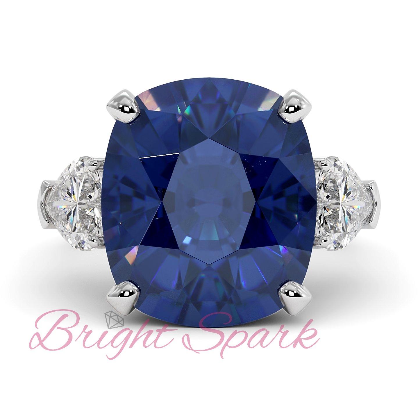 Кольцо с синим сапфиром кушон и камнями сердце Whitney 16,5 карат