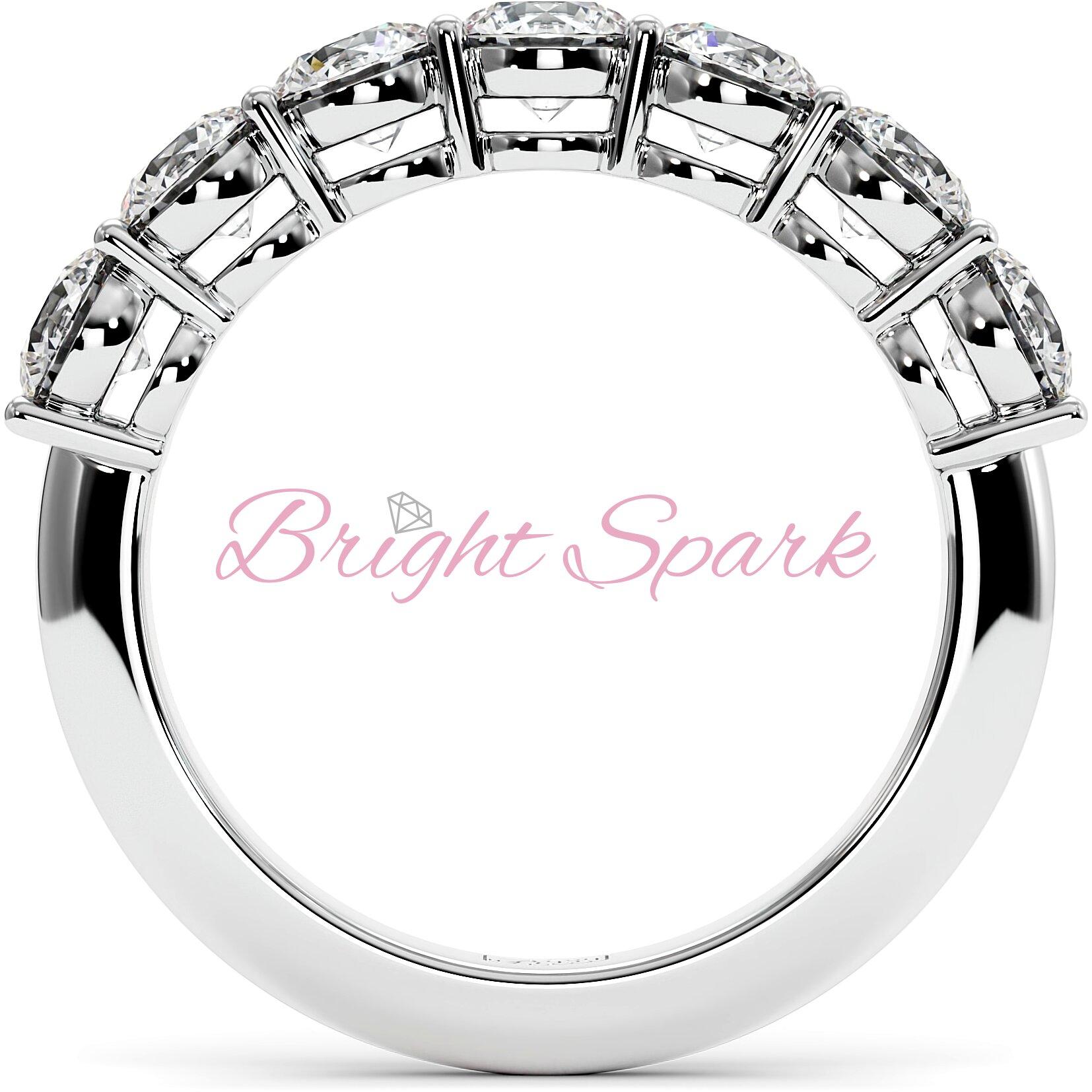 Обручальное кольцо белого золота с дорожкой из семи камней Embrace  1,7 карат