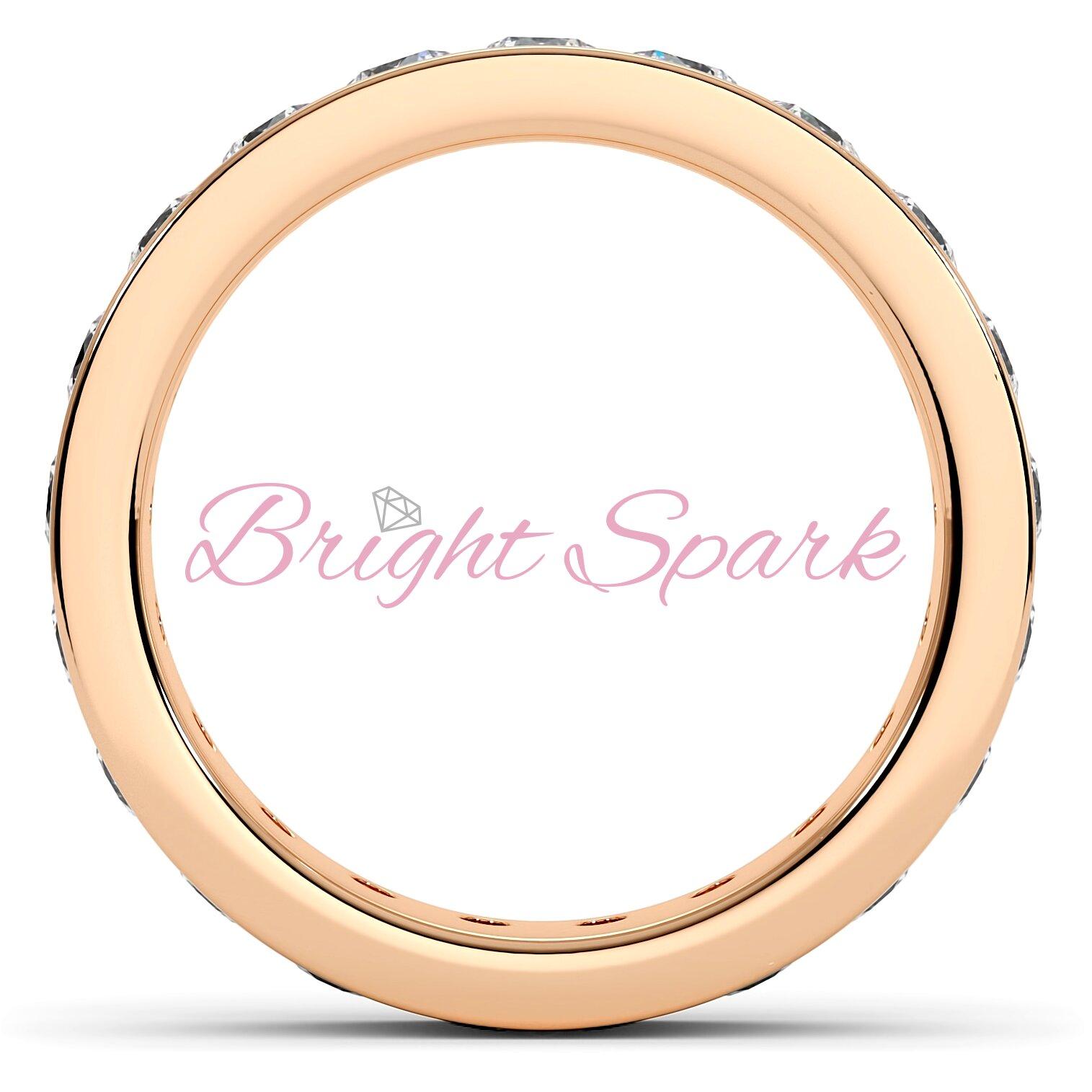 Обручальное кольцо розового золота с дорожкой 3 мм Eternity  1,9 карата