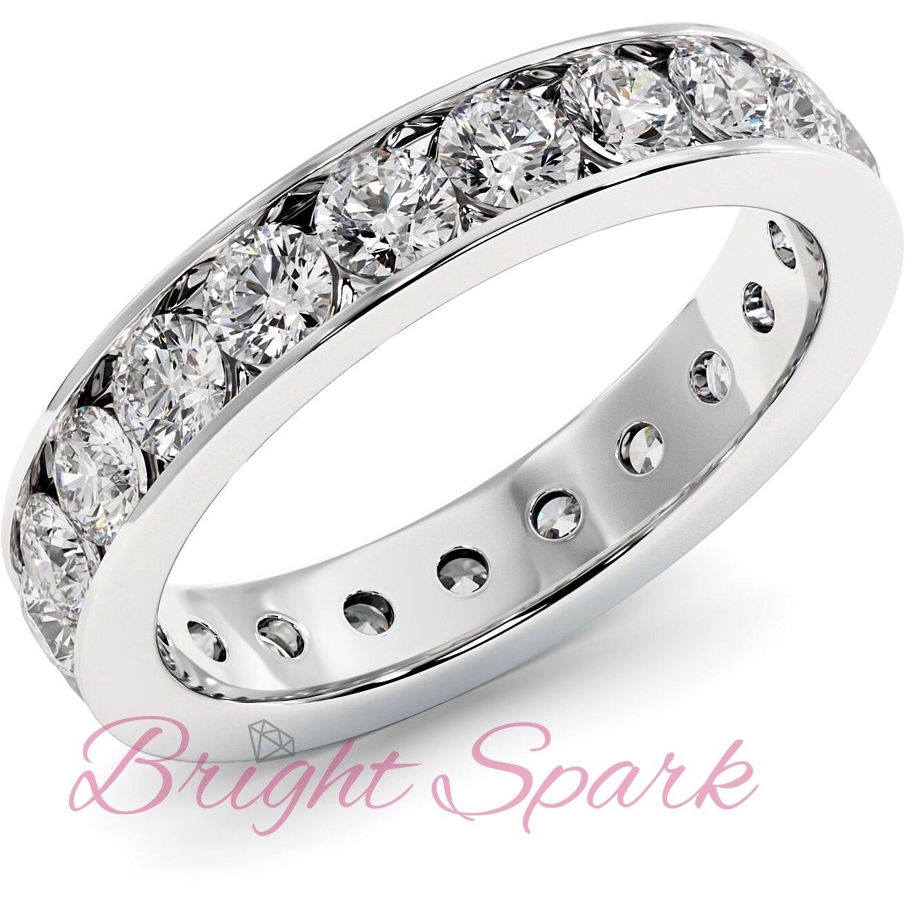 Обручальное кольцо белого золота с дорожкой по кругу 3 мм Eternity  1,9 карата