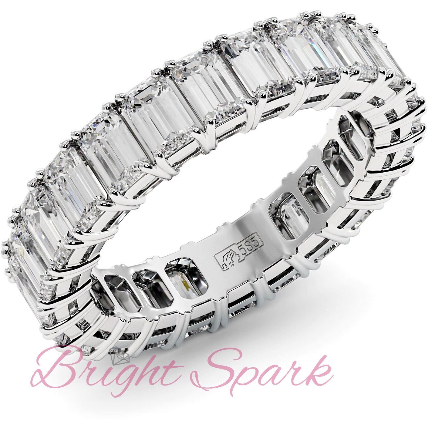 Кольцо с бриллиантами изумрудной огранки по кругу белое золото 3,6 карата