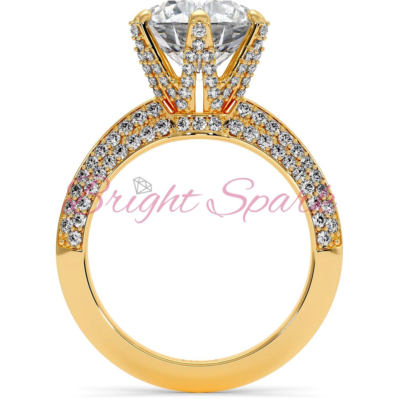 Помолвочное  кольцо желтого золота усыпанное камнями Melanie на 3,5 карата