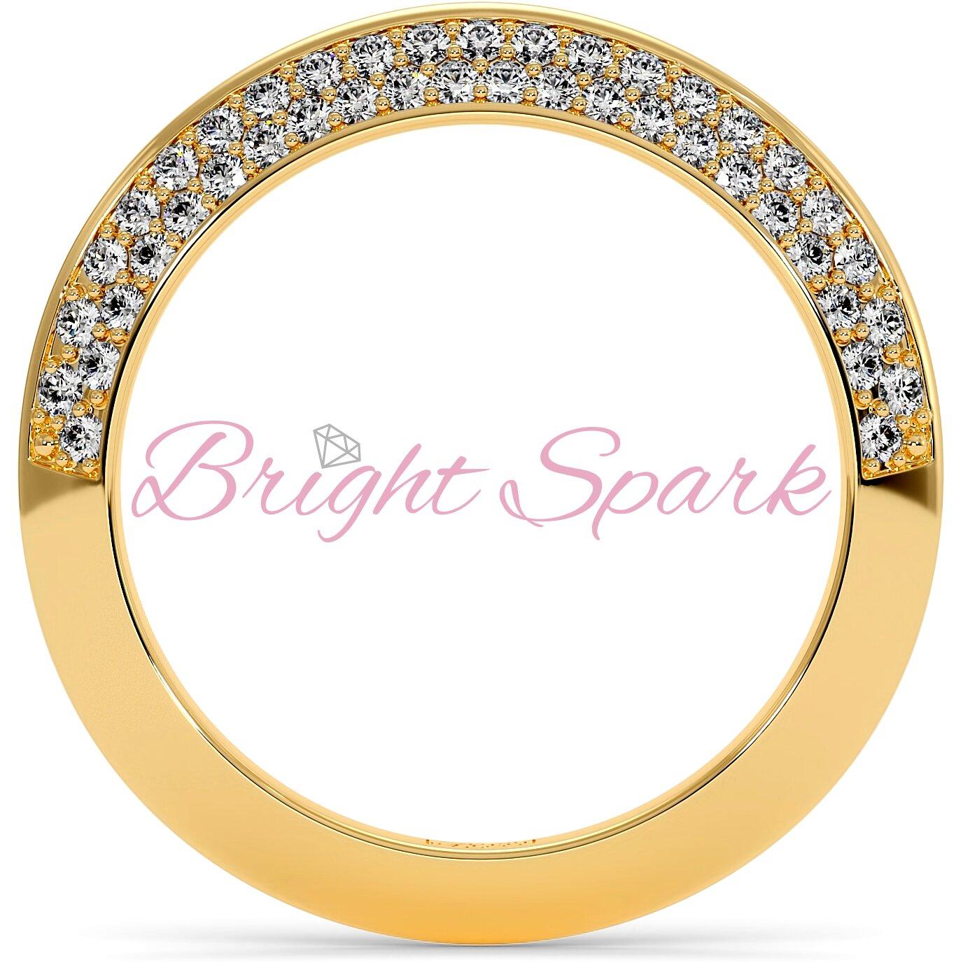 Обручальное кольцо  желтого золота усыпанное камнями Melanie 0,5 на карата