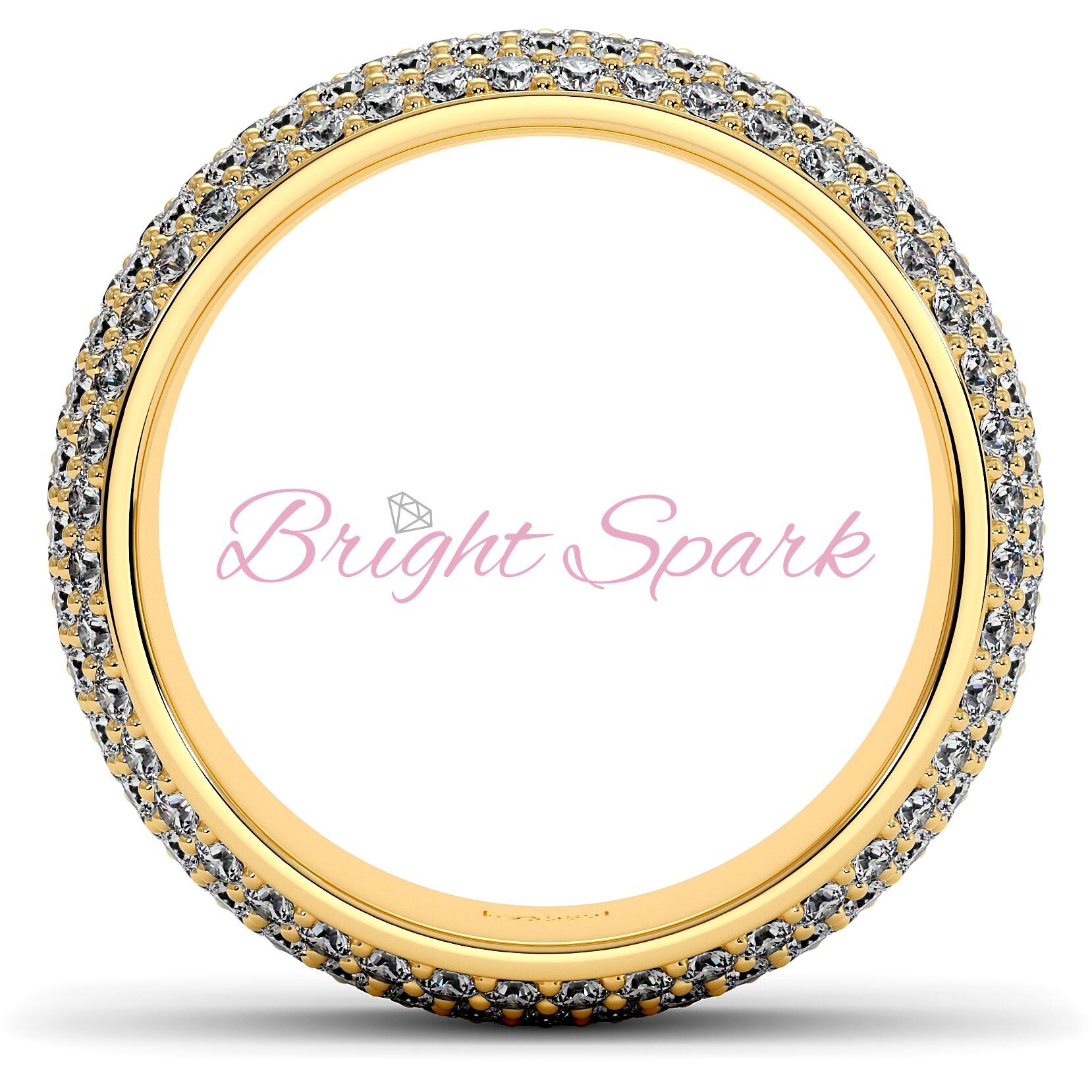 Широкое кольцо желтого золота с россыпью камней Paolina на 2,6 карата
