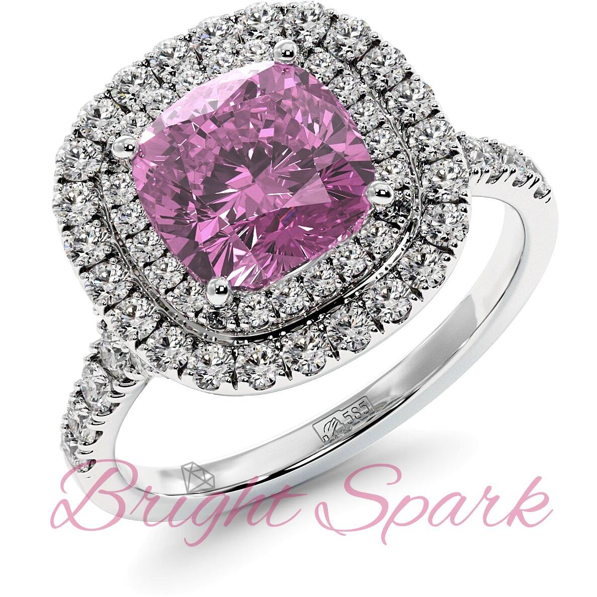 Золотое кольцо с розовым сапфиром кушон в ореоле с дорожкой Soul 2,9 карата