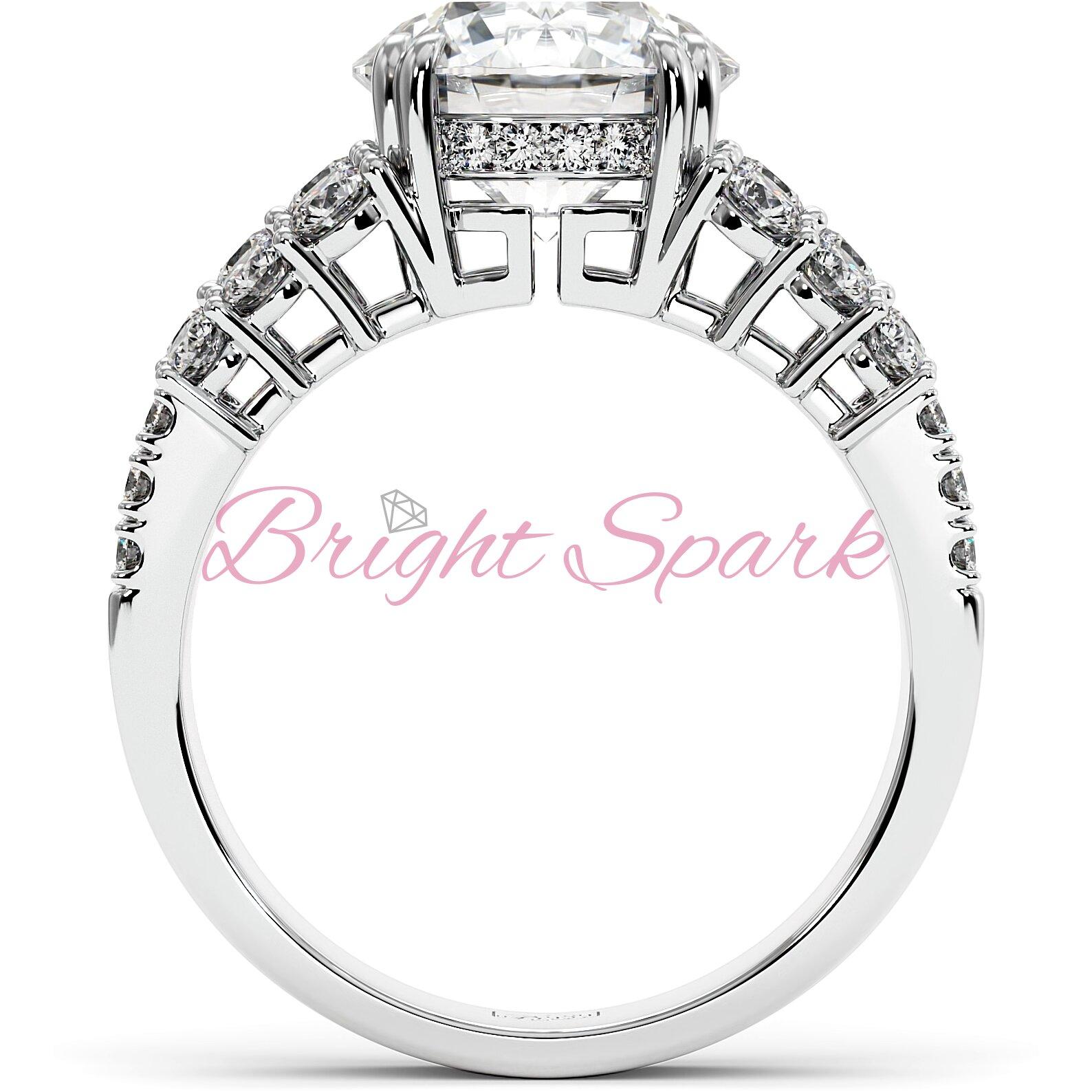Помолвочное кольцо белого золота с тремя дорожками Stella на 3,6 карата