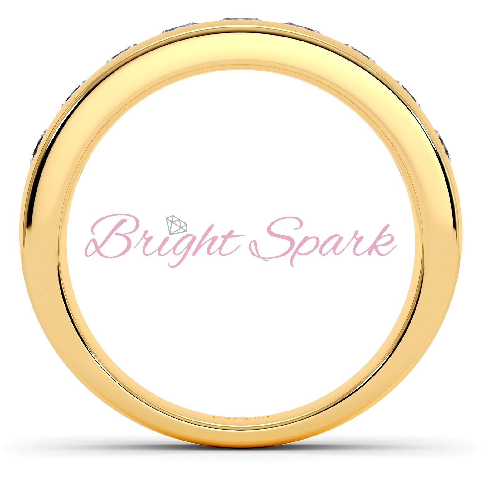 Обручальное кольцо желтого золота с 9 камнями Robert на 0,9 карата